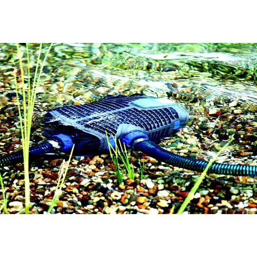 Aquamax Eco Premium 8000 Oase La pompe pour bassin de jardin de référence en fonctionement
